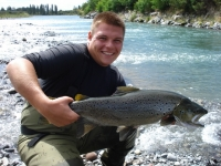 Danny_Gray_with_8lb_brown